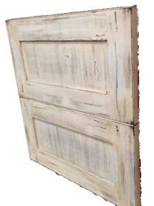 ダメージ塗装のキッチン扉