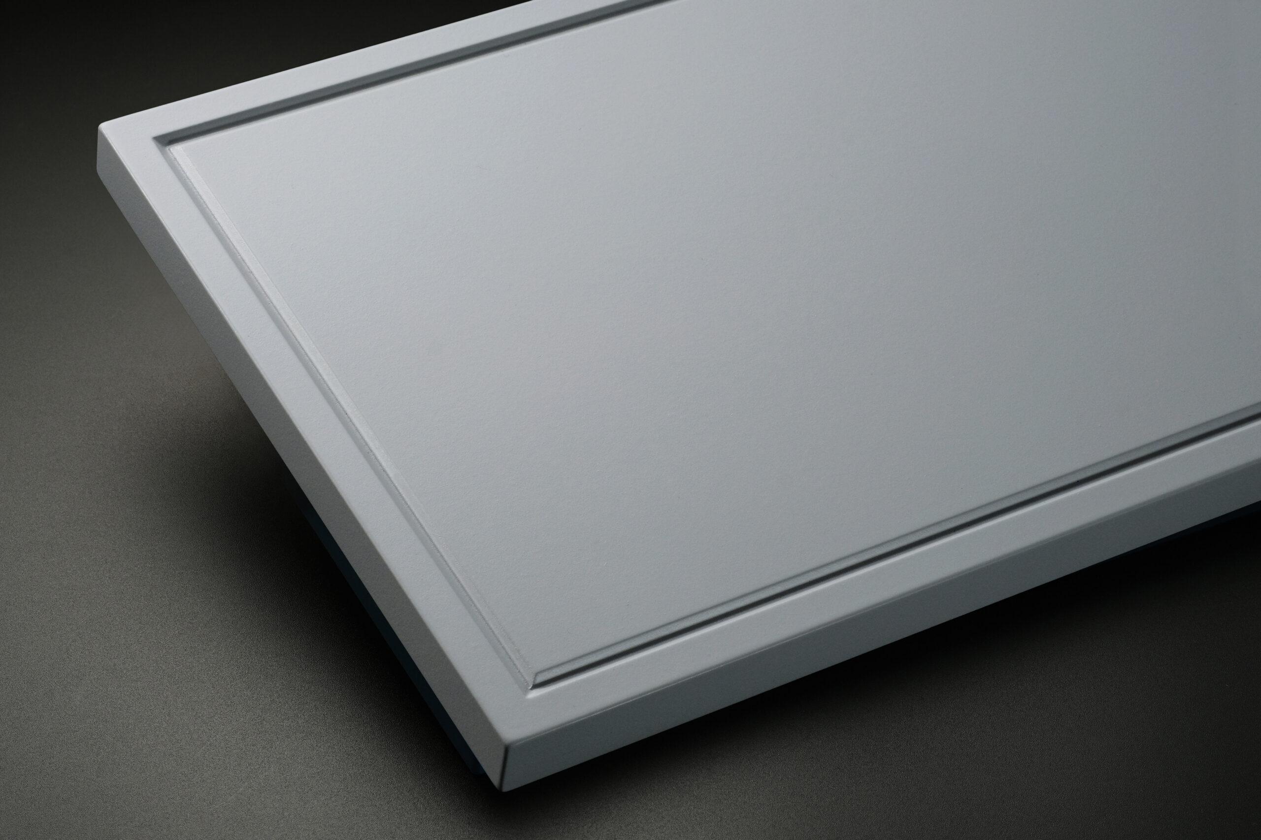 106細框MA新形状框扉をラインナップに追加